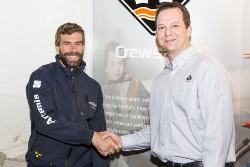 Crewsaver officiell leverantör till Artemis Racing
