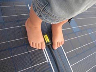 Kjøp og instalasjons guid for Solara solcellepaneler for maritimt bruk